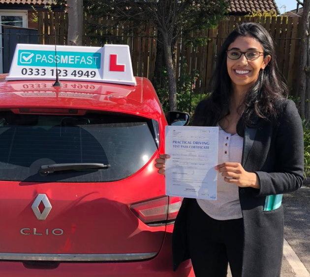 Pass photo of PassMeFast student Ayesha - Hampshire