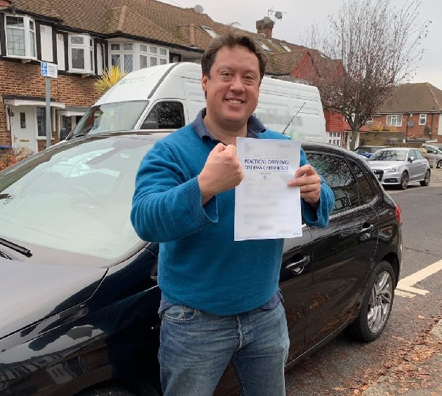 Pass photo of PassMeFast student Mark - Greater London