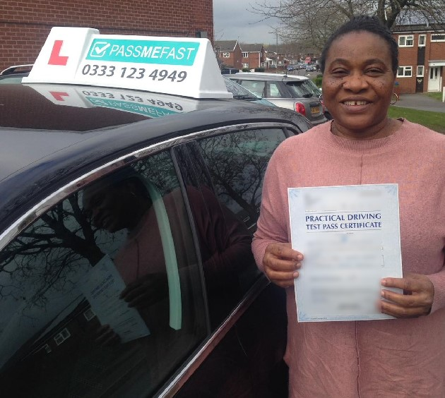 Pass photo of PassMeFast student Theresa - West Yorkshire