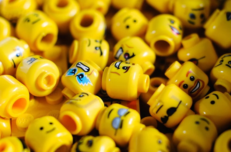 Pile of Lego heads with different faces