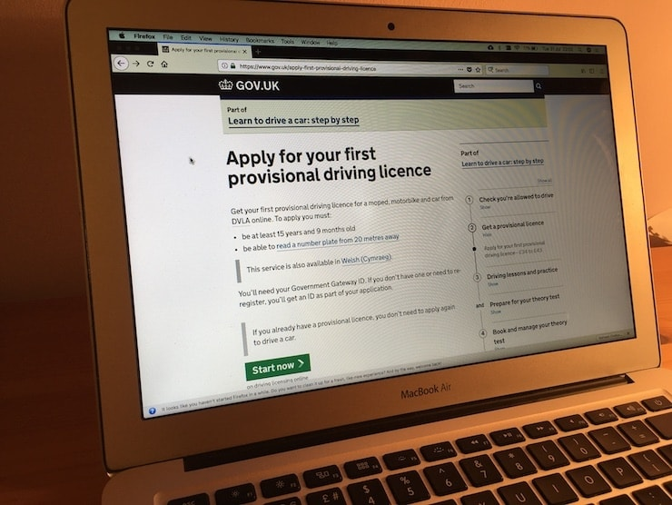 A laptop showing the online provisional licence application form