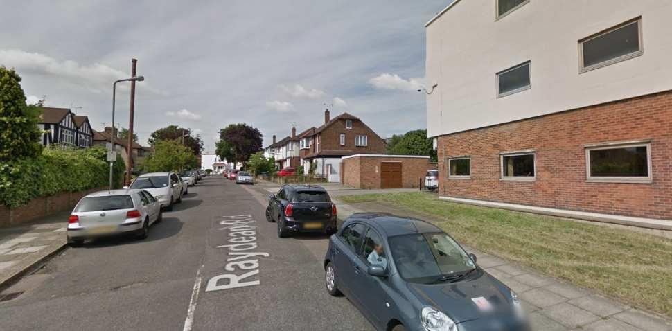 Barnet Google Streetview Image Raydean Road
