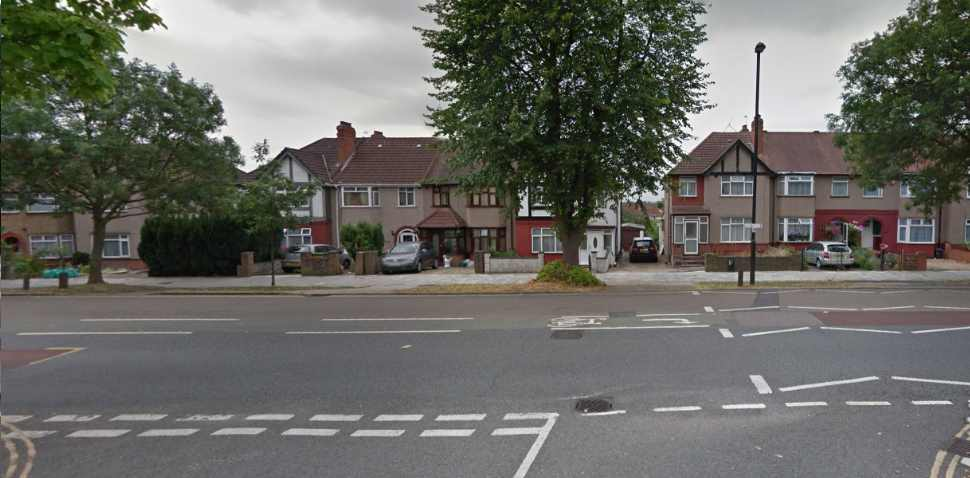 Greenford Whitton Ave Google Streetview Image T Junction