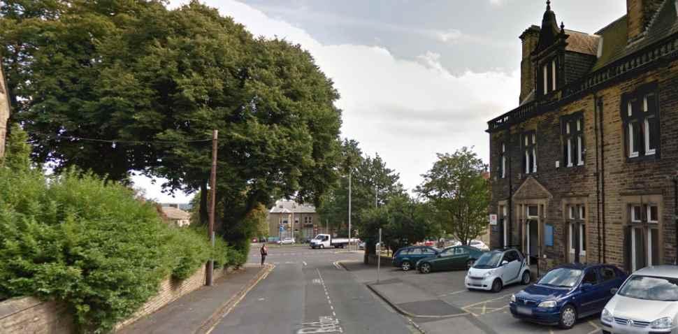 Huddersfield Google Streetview Image Leading Road