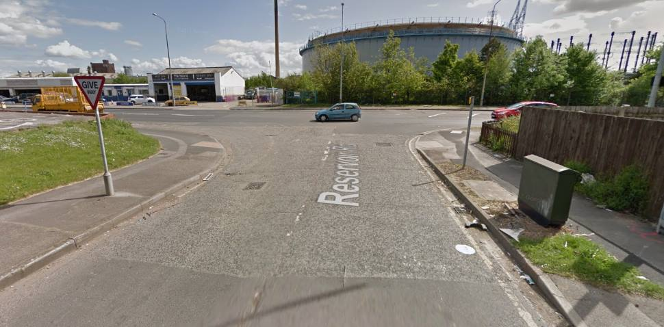 Hull Google Streetview Image Give Way