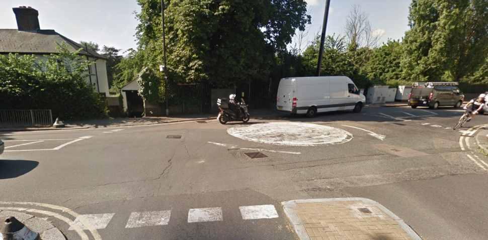 Tottenham Google Streetview Image Roundabout