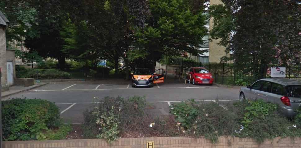 Wood Green Google Streetview Image Parking